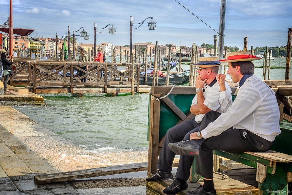 BG Venetian gondoliers, Venice. Italy